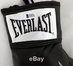 Floyd Mayweather Jr. Autographed Everlast Boxing Glove Rh Tmt Beckett 159660