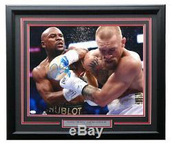 Floyd Mayweather Jr Signed Framed 16x20 Conor McGregor Fight Photo JSA