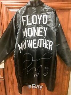 Floyd Mayweather Jr. Signed TBE Autographed Boxing Robe XL Beckett BAS COA