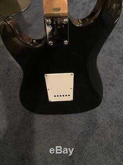 Gorgeous Roger Waters On The Body Signed Electric Guitar Beckett Pink Floyd