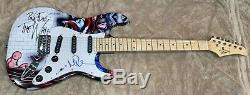 NICK MASON PINK FLOYD THE WALL AUTOGRAPHED SIGNED UNIQUE GRAPHICS GUITAR WithPROOF