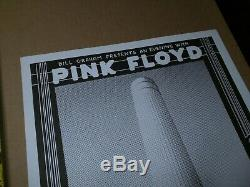 PINK FLOYD ROCK CONCERT POSTER SIGNED RANDY TUTEN OAKLAND CALIFORNIA May 1977
