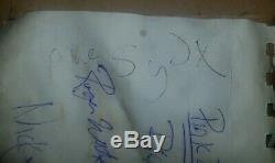 Pink Floyd & Syd Barrett Signed Autograph Piece 1967