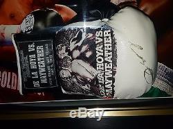 Rare Oscar De La Hoya SIGNED BOXING GLOVE Autograph VS Floyd Mayweather Display